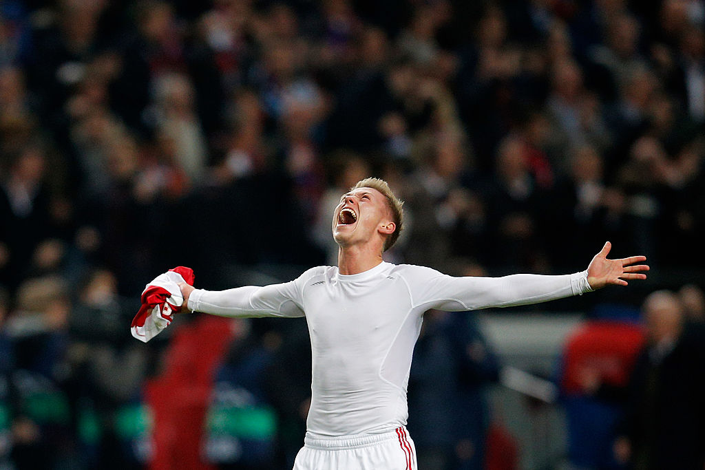 AMSTERDAM, NETHERLANDS - NOVEMBER 26: Viktor Fischer of Ajax celebrates victory after the UEFA Champions League Group H match between Ajax Amsterdam and FC Barcelona at Amsterdam Arena on November 26, 2013 in Amsterdam, Netherlands. (Photo by Dean Mouhtaropoulos/Getty Images)